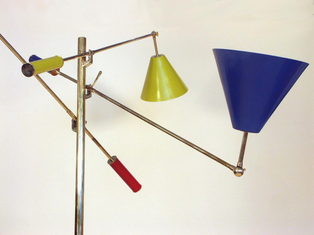 Contemporary Floor Lamp in the Manner of Gino Sarfatti  For Sale