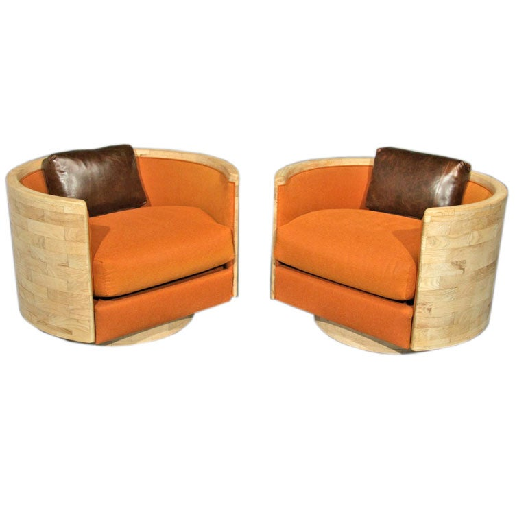 Pair Of Laminated Bleached Oak Swivel Lounge Chairs At 1stdibs