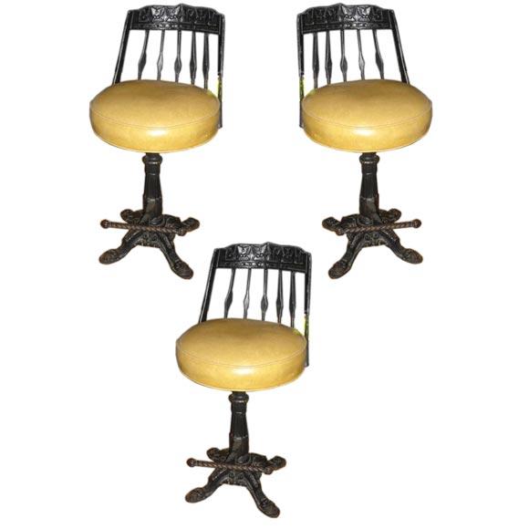 A Set Of Three Victorian Barstools At 1stdibs