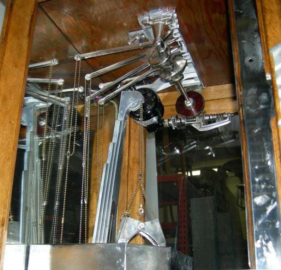 vintage claw machine
