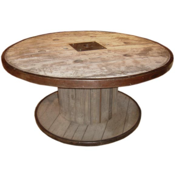 Large industrial spool table at 1stdibs for Large wooden spools used for tables