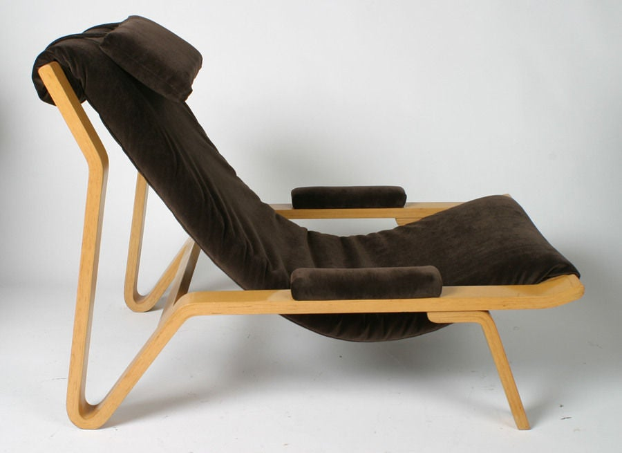 Rare Harvey Probber sling chair. This design was selected for by the Museum of Modern Art in 1948 for their Good Design exhibit. Bentwood frame with chocolate brown velvet upholstery. Headrest cushion is detachable with hidden snaps.