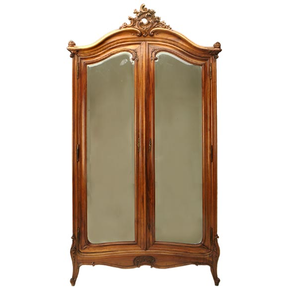 louis xv walnut armoire w art nouveau influences at 1stdibs. Black Bedroom Furniture Sets. Home Design Ideas