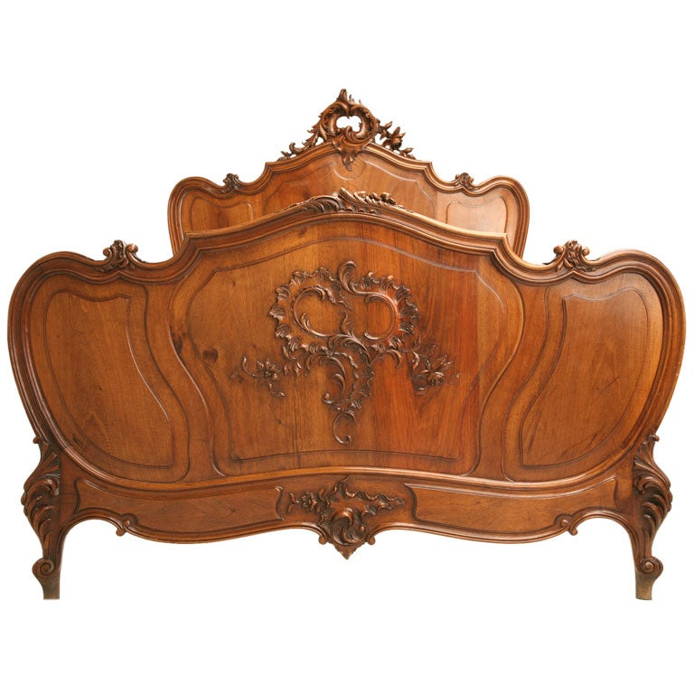 French rococo carved walnut bed at 1stdibs for French baroque bed
