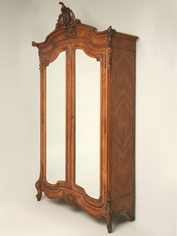 c1880 Rococo Style Walnut Armoire at 1stdibs -> Armoire Style Baroque