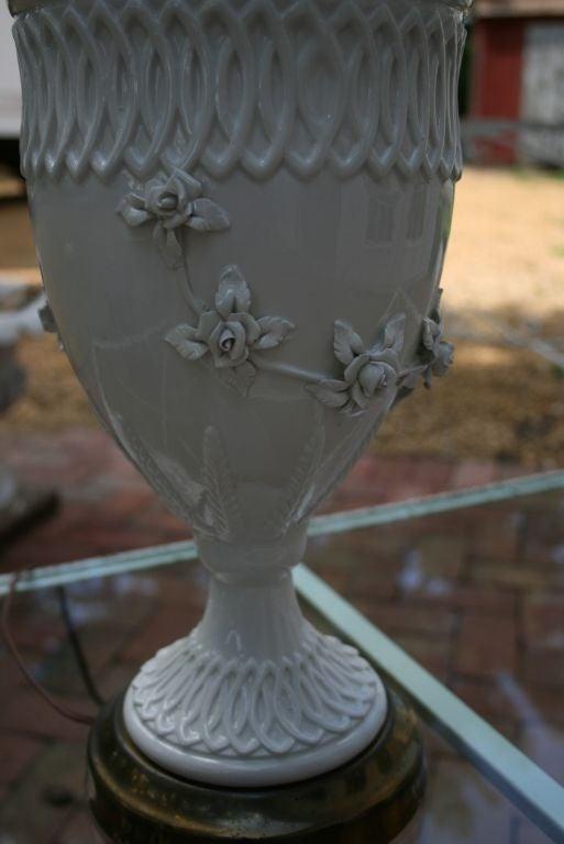 Mid century ginger jar lamp pair at 1stdibs - White Italian Porcelain Floral Lamp At 1stdibs