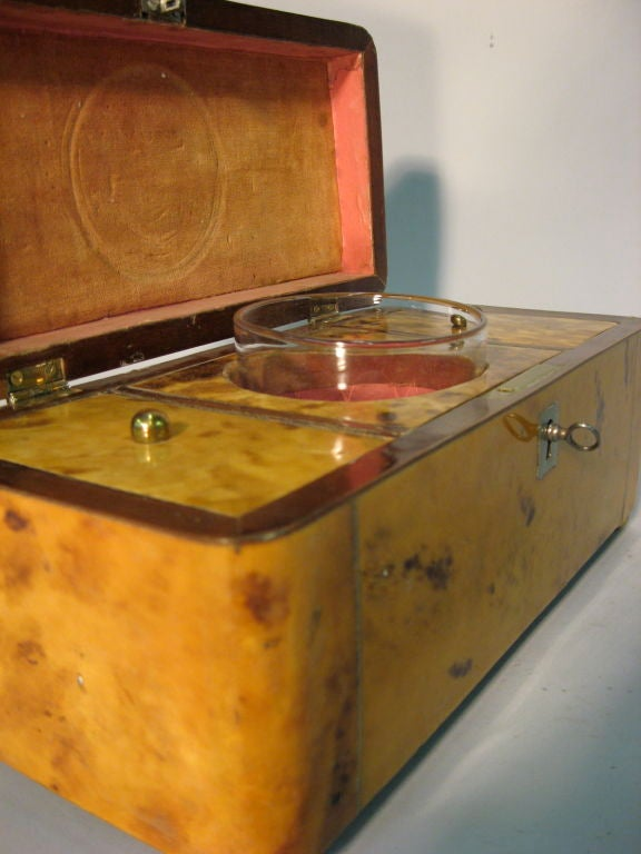 blonde tortoise shell tea caddy with fitted interior c 1880 at 1stdibs. Black Bedroom Furniture Sets. Home Design Ideas