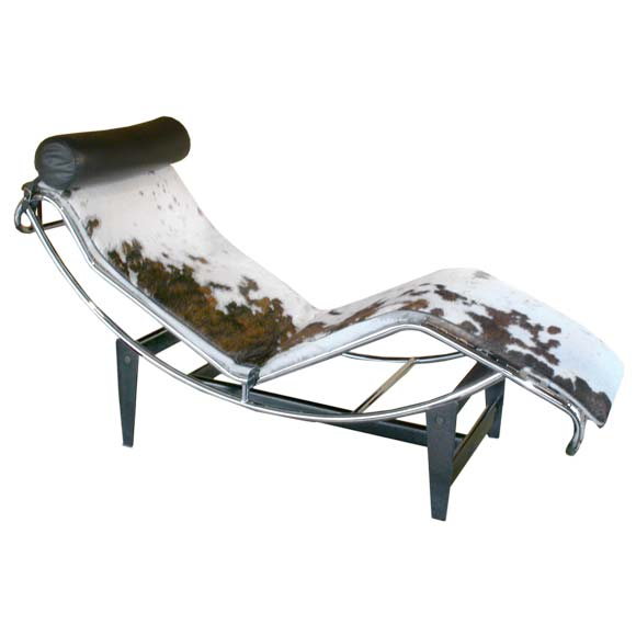 Pony chaise longue by le corbusier at 1stdibs for Chaise longue pony lc4 le corbusier