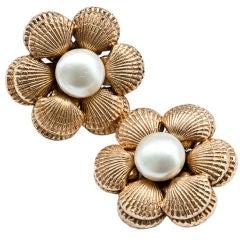 Chanel pearl + clam shell motif clip on earrings