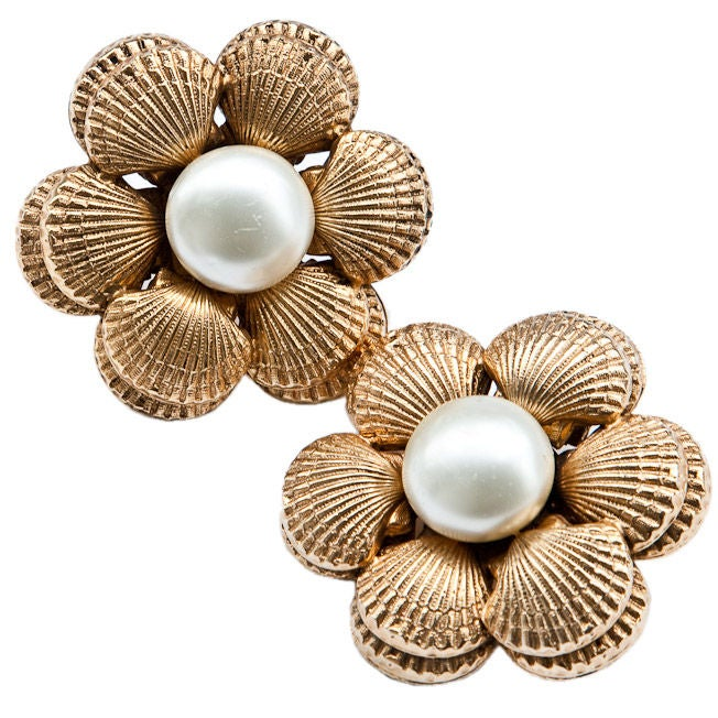 Chanel pearl + clam shell motif clip on earrings
