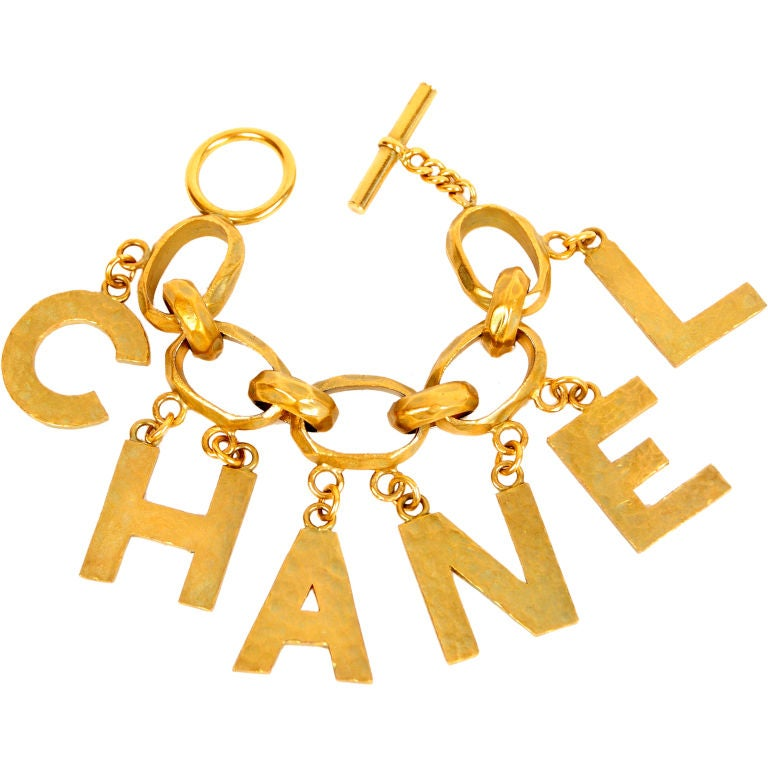 Chanel Logo and Chain Bracelet 1