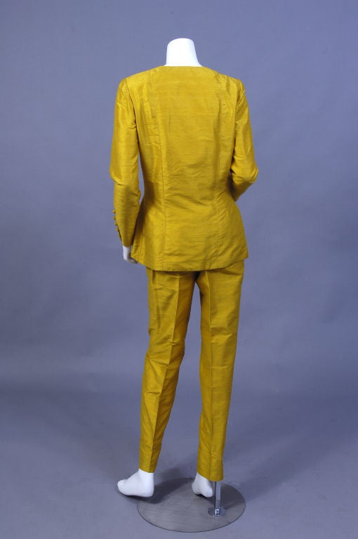 Pierre Balmain Haute Couture Chrome Yellow Silk Tunic & Pants In Excellent Condition For Sale In New Hope, PA