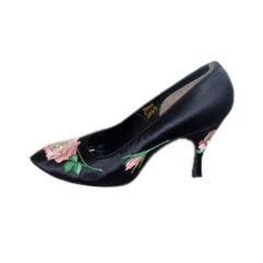 Herbert Levine Black Silk with Embroidered Pink Roses high heels 7aaa