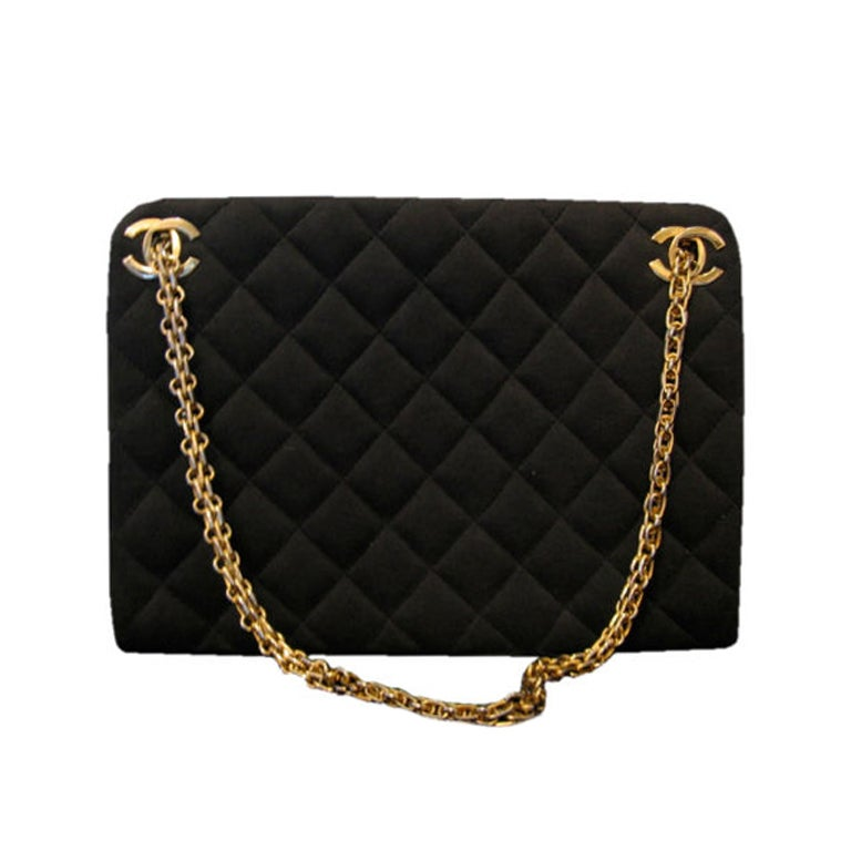 1960's CHANEL wool quilted purse w/gold-tone chain at 1stdibs : coco chanel quilted handbag - Adamdwight.com