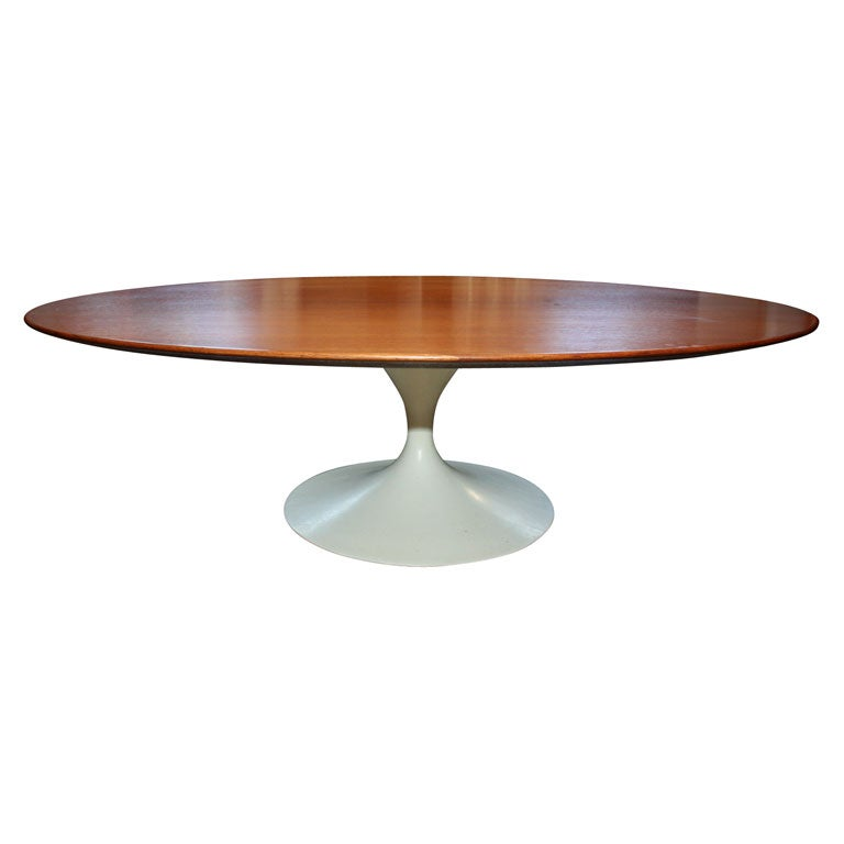 Eero Saarinen Oval Shaped Walnut Coffee Table Mfg Knoll At 1stdibs