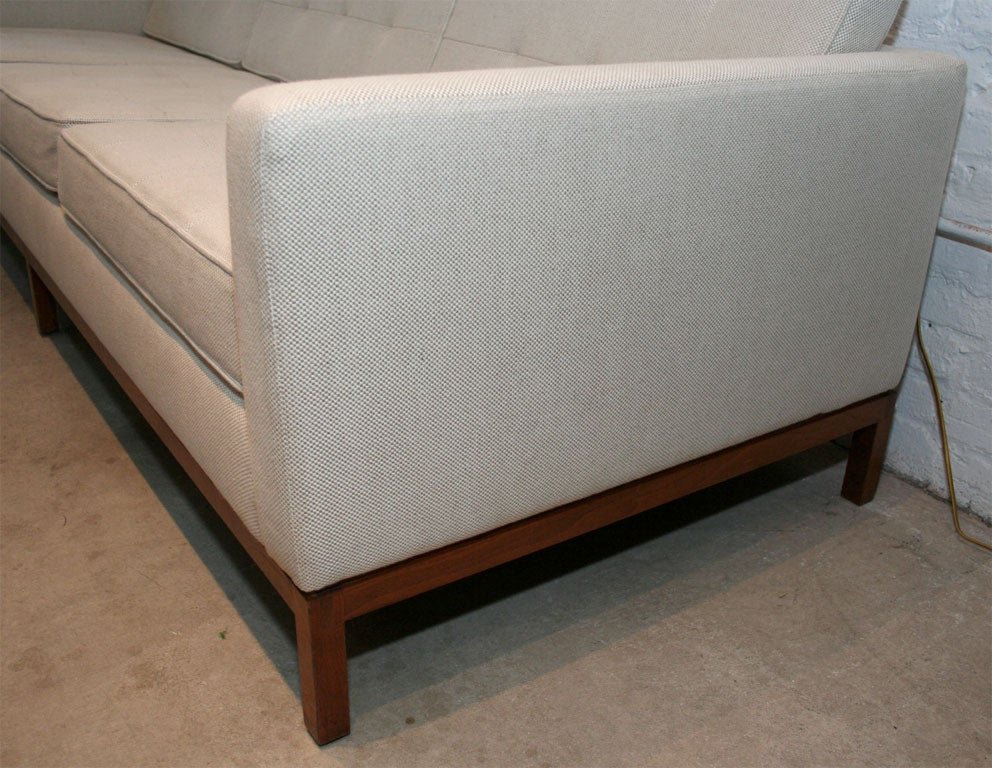 Florence Knoll 3 Seat Quilted Sofa With Wood Base 3