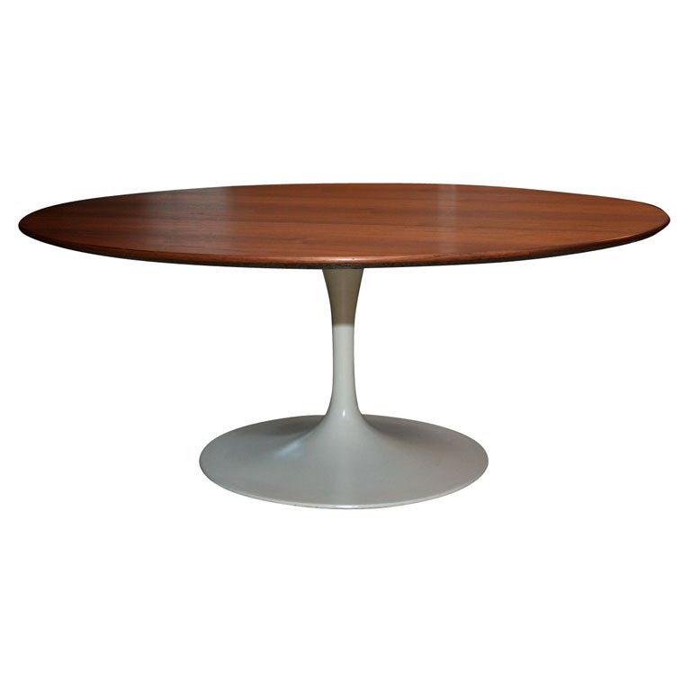 36 Round Walnut Topped Eero Saarinen Coffee Table Mfg Knoll At 1stdibs