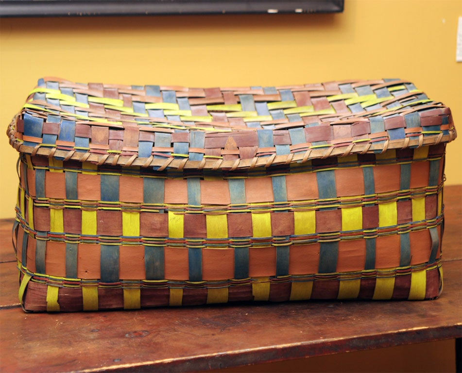 19th Century Old American Indian Splint Woven Basket. For Sale