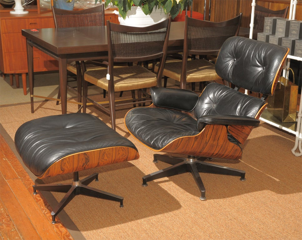 original rosewood eames lounge chair and ottoman at 1stdibs. Black Bedroom Furniture Sets. Home Design Ideas
