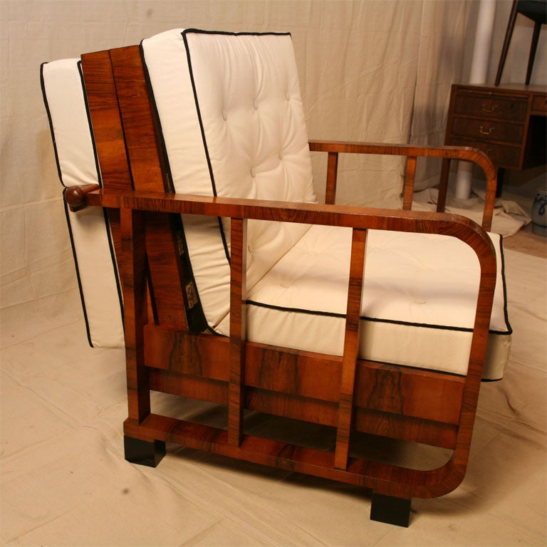 20th Century Continental Metamorphic Chair/Day Bed For Sale