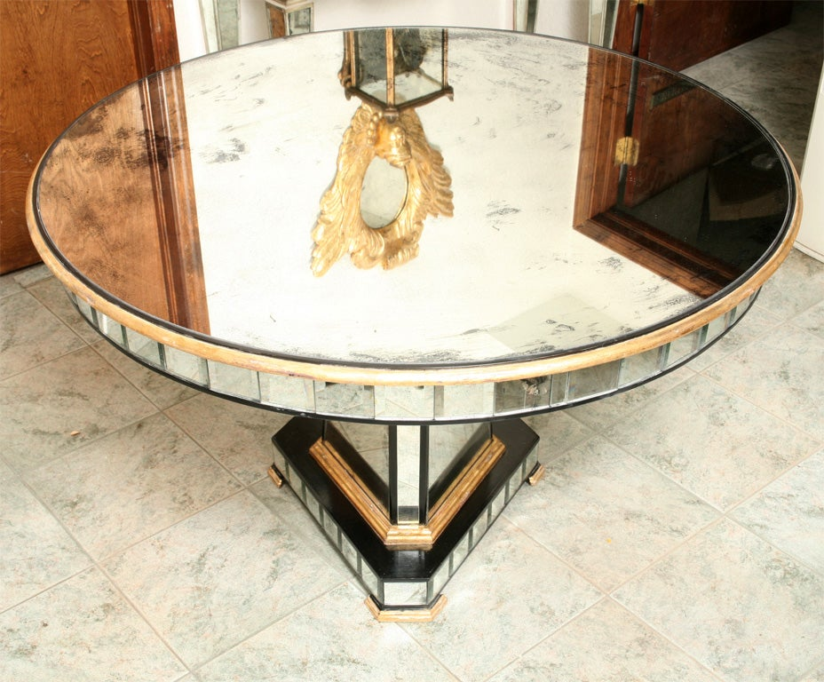 American Superb Mirrored Centre Table Giltwood Edge with Black Trim For Sale