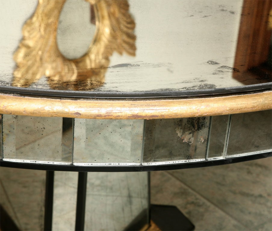 Superb Mirrored Centre Table Giltwood Edge with Black Trim For Sale 1