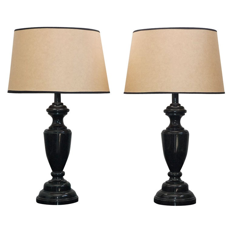 Vintage industrial pair of adjustable desk lamps with shades image 8 - Pair Of Large Black Marble Table Lamps At 1stdibs