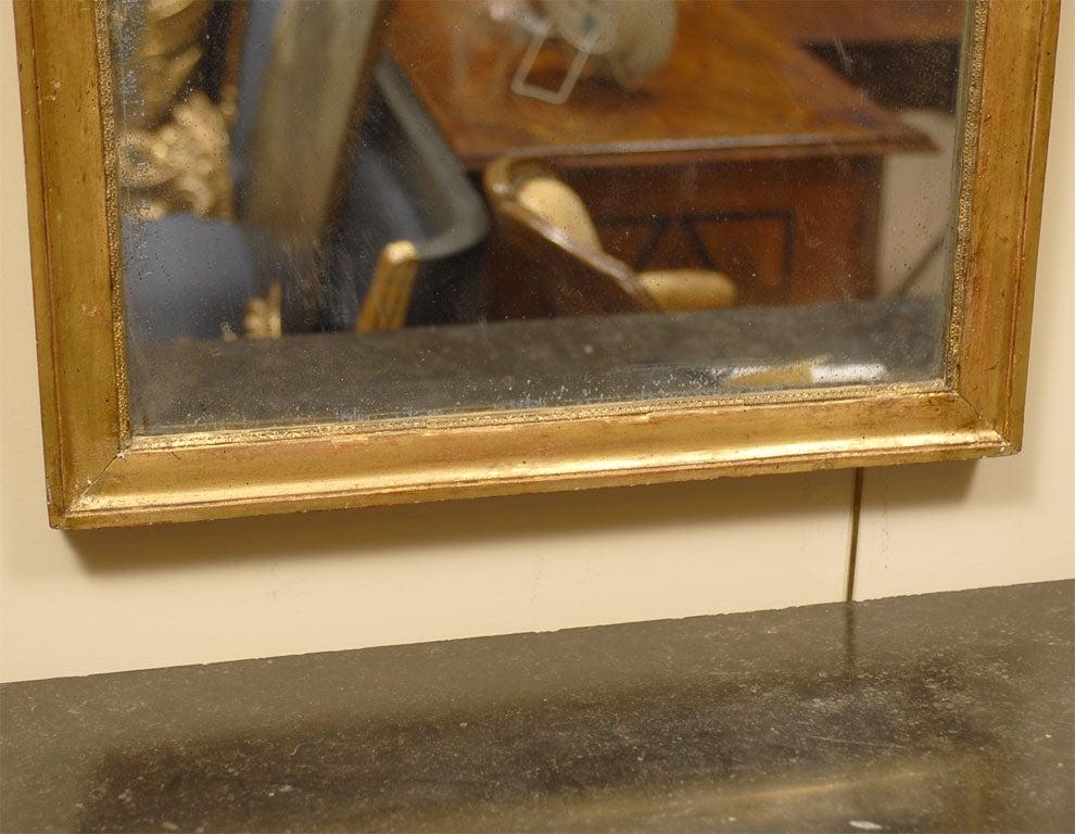Louis XVI Period Gilt-wood Mirror with Crest, France c. 1780 3
