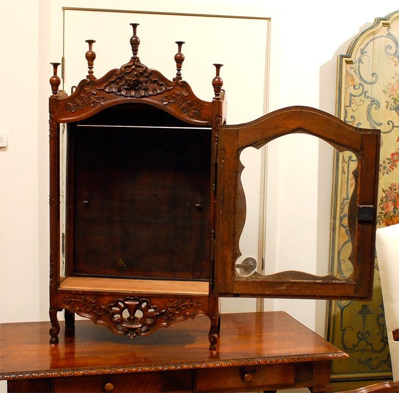 18th century french walnut etagere vitrine image 8. Black Bedroom Furniture Sets. Home Design Ideas