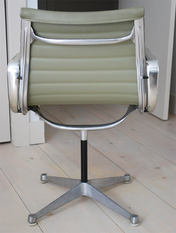 Eames Aluminum Desk Chair At 1stdibs