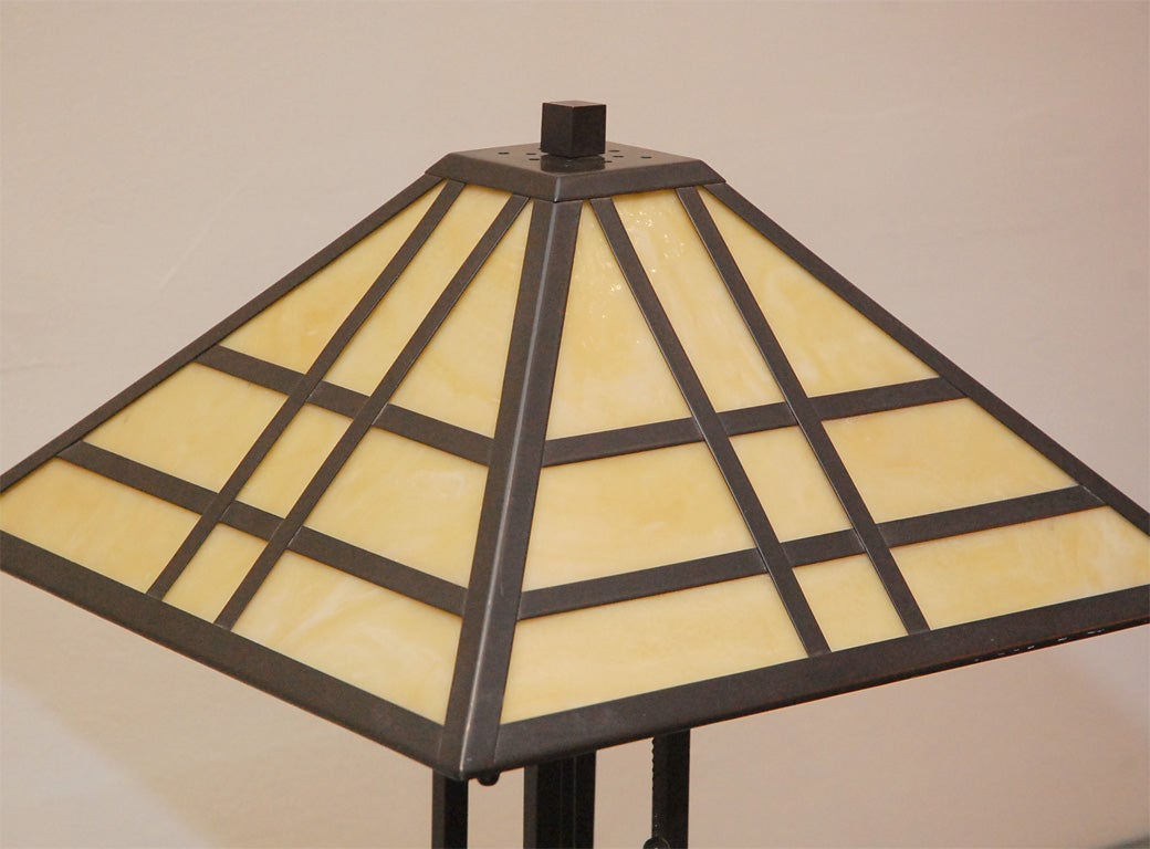 single arts and crafts style table lamp at 1stdibs. Black Bedroom Furniture Sets. Home Design Ideas