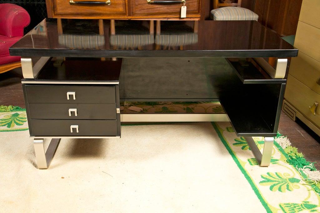Mid-20th Century Italian Desk by Abbondinterni For Sale