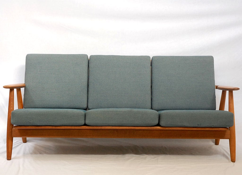 hans wegner ge 240 sofa for sale at 1stdibs. Black Bedroom Furniture Sets. Home Design Ideas