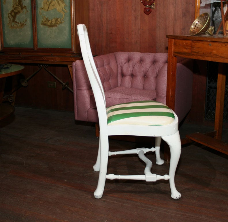 Set of Four Dorothy Draper Side Chairs For Sale 2