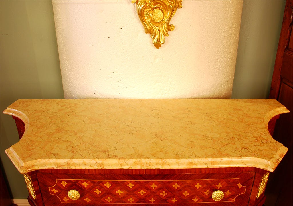 Louis XVI Style Cabinet with Marble Top and Porcelain Placque For Sale 2