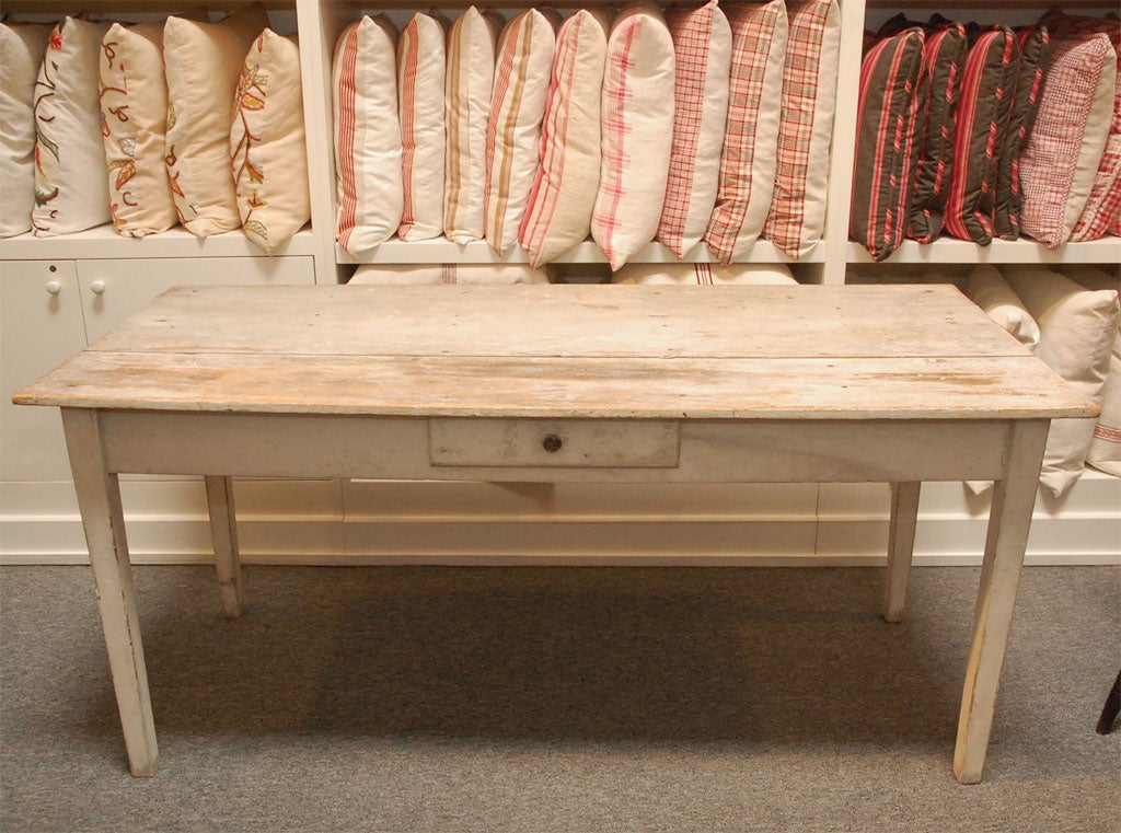 LATE 19THC ORIGINAL WHITE PAINTED  FARM TABLE FROM PENNSYLVANIA 4