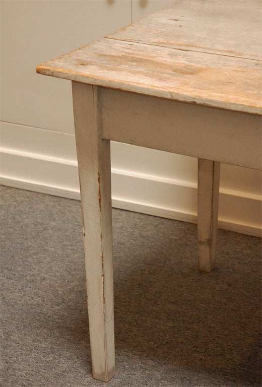 LATE 19THC ORIGINAL WHITE PAINTED  FARM TABLE FROM PENNSYLVANIA 5