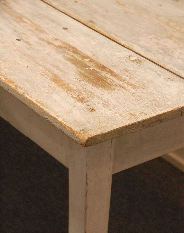 LATE 19THC ORIGINAL WHITE PAINTED  FARM TABLE FROM PENNSYLVANIA 9
