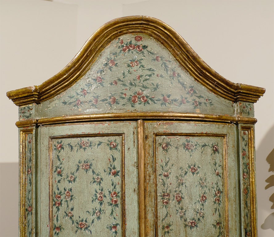18th century Venetian Painted Corner Cabinet with bonnet top image 3