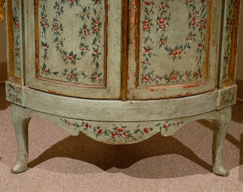 18th century Venetian Painted Corner Cabinet with bonnet top image 6