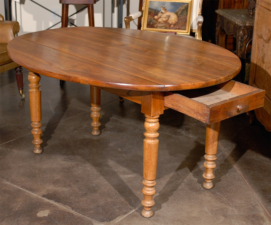 Oval Walnut Farm Table For Sale at 1stdibs
