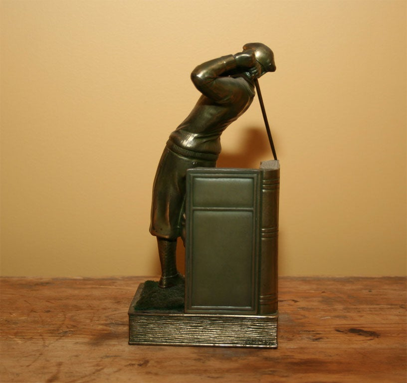 Pair of Bookends Golfers For Sale 2