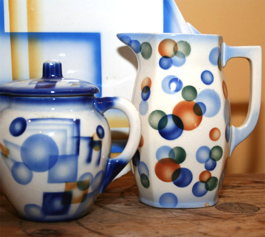 Air Brush Pottery Collection For Sale 2