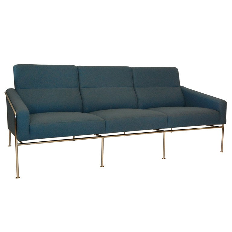 arne jacobsen sas sofa at 1stdibs. Black Bedroom Furniture Sets. Home Design Ideas