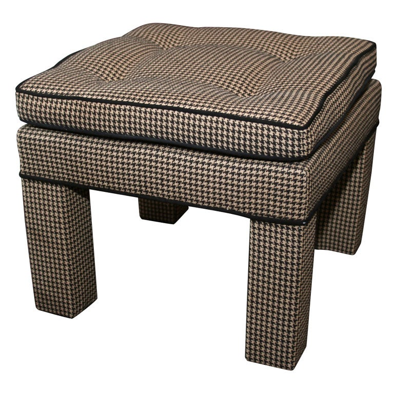 Houndstooth Ottoman Vintage Black And White Houndstooth Ottoman At 1stdibs Tucker Houndstooth
