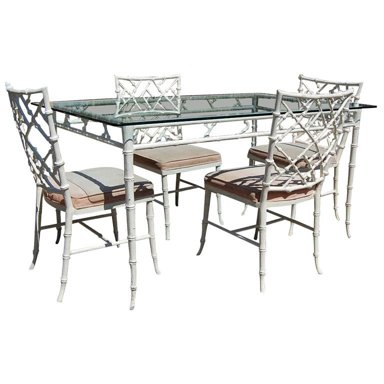 Set Of 4 Chinese Chippendale Style Chairs With Table At