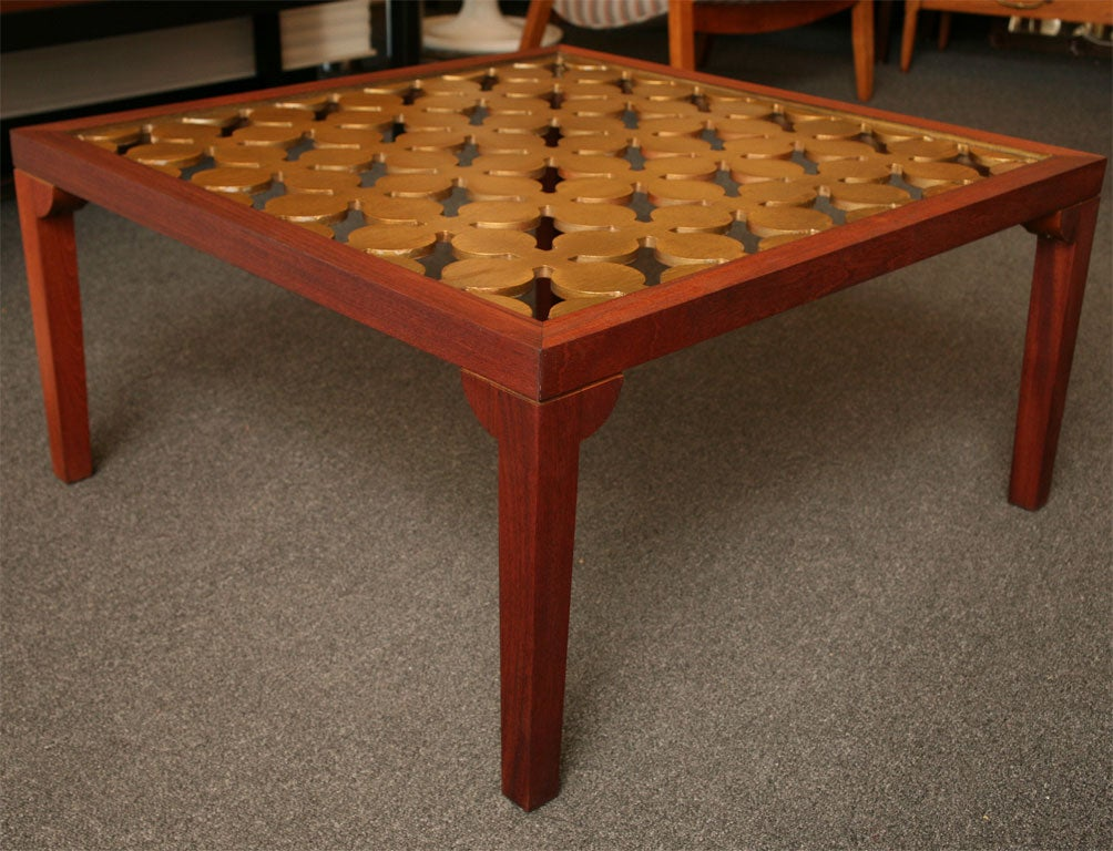 Glass Parzinger Style Hollywood Regenc 1950s Mahogany and Giltwood Grille Coffee Table For Sale