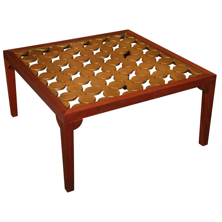 Parzinger Style Hollywood Regenc 1950s Mahogany and Giltwood Grille Coffee Table For Sale