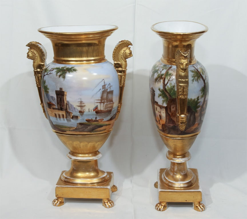 A Pair of Vieux Paris Ovoid Vases 6