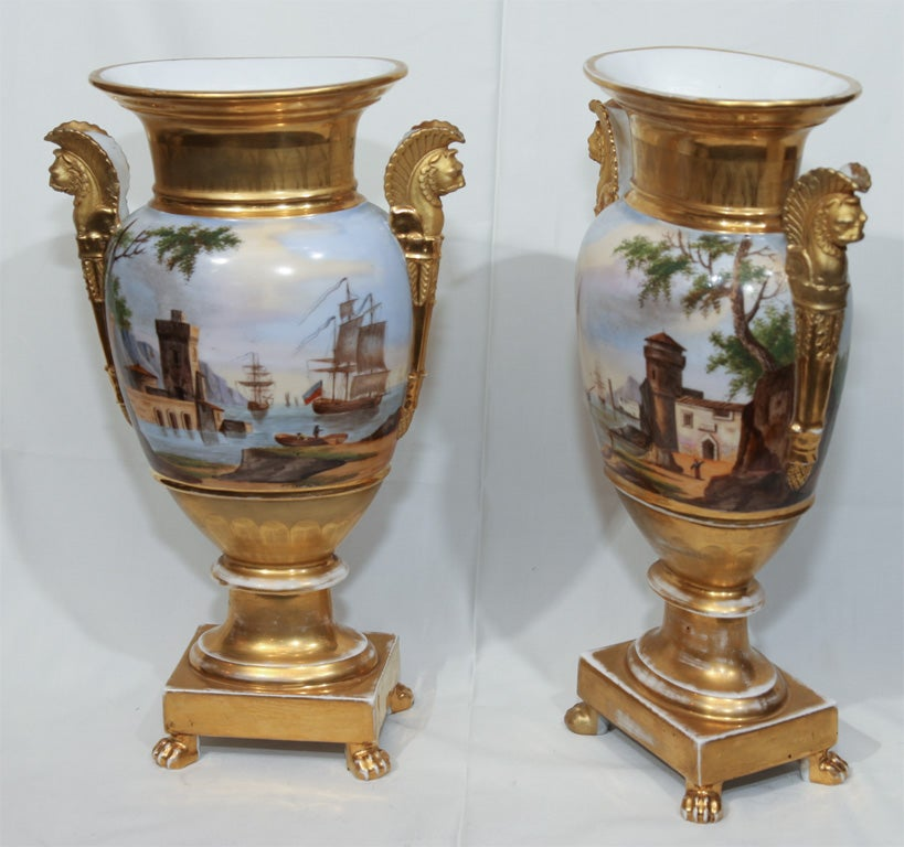 A Pair of Vieux Paris Ovoid Vases 9